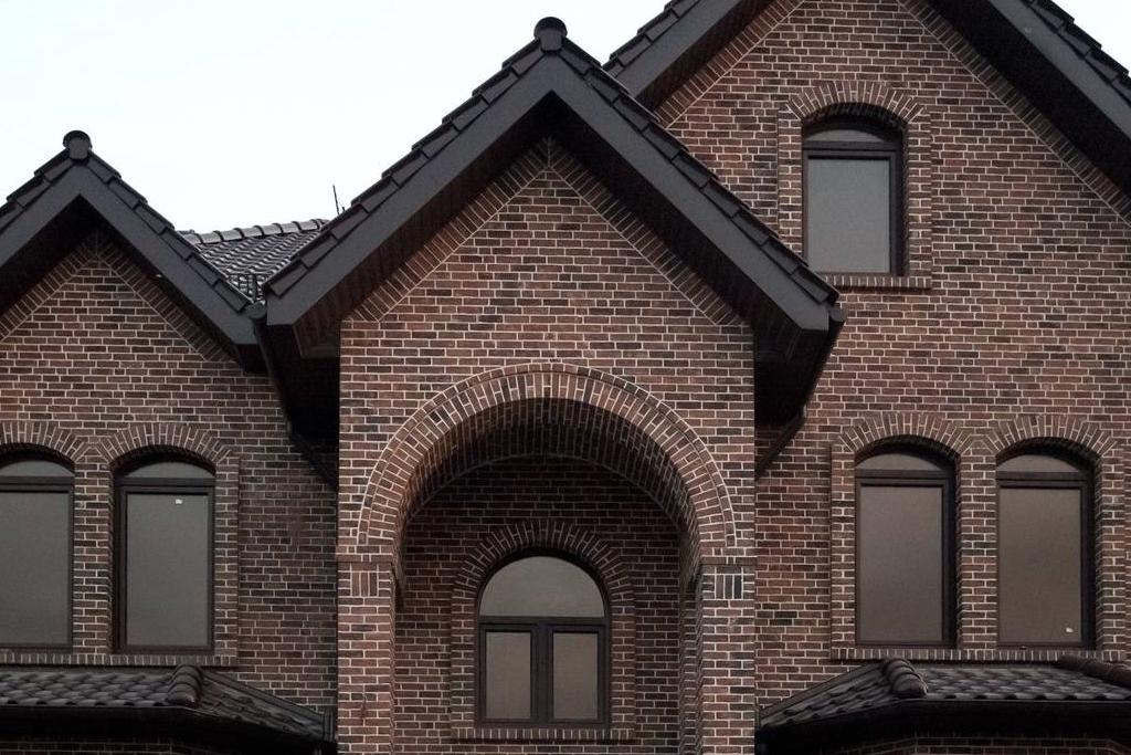 Клинкерный кирпич для фасада в Краснодаре